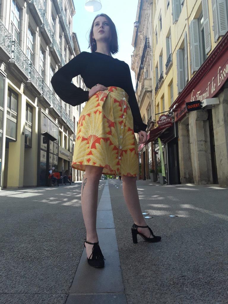 streetlook avec Jupe Saia Jaune et orange par Julie Bonnard créatrice Saint-Étienne