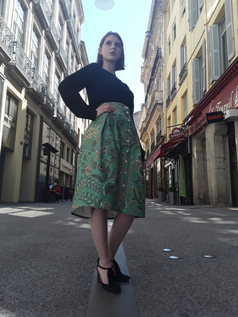 streetlook avec Jupe Saia verte par Julie Bonnard créatrice Saint-Étienne