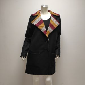 Manteau Neiva drap de laine déperlant noir au col rayé jaune blanc bordeaux