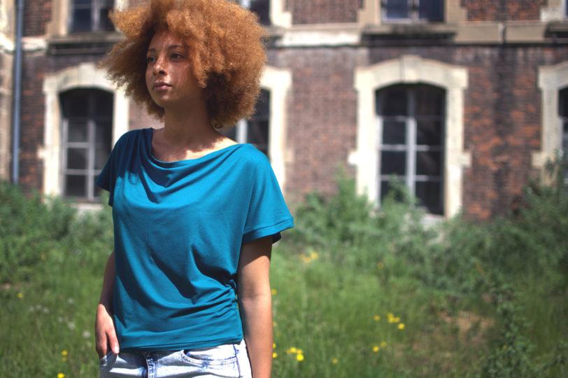 T-shirt Testa Bleu pétrol Julie Bonnard créatrice textile Saint-Étienne
