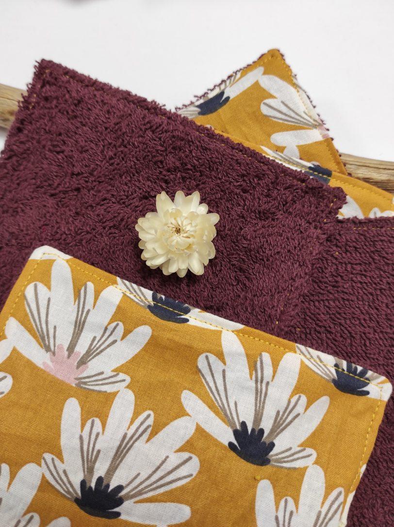 Grand coton fleurs jaunes éponge bordeaux (2)